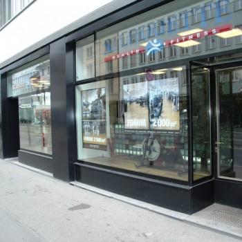 SSG Schaufenster mit Eingang