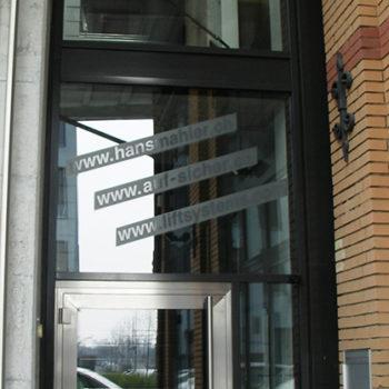 Eingangsfront