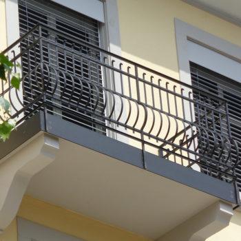 Geländer geschmiedet, restauriert