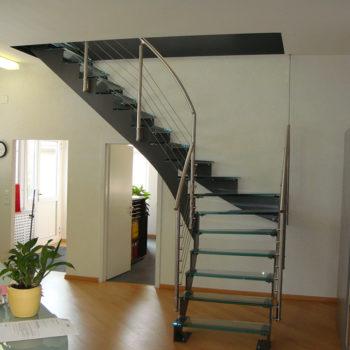 Treppe Stahl Glas